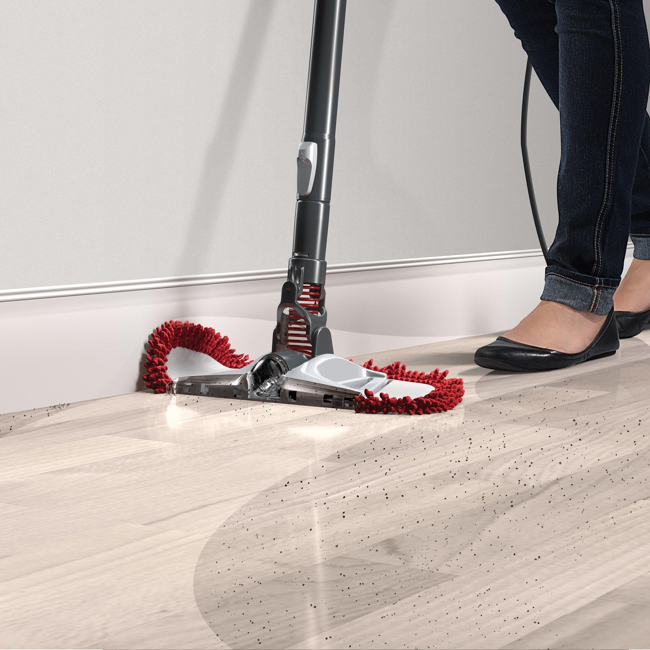 Reconditioned 360 Reach Pro Bagless Stick Vacuum6