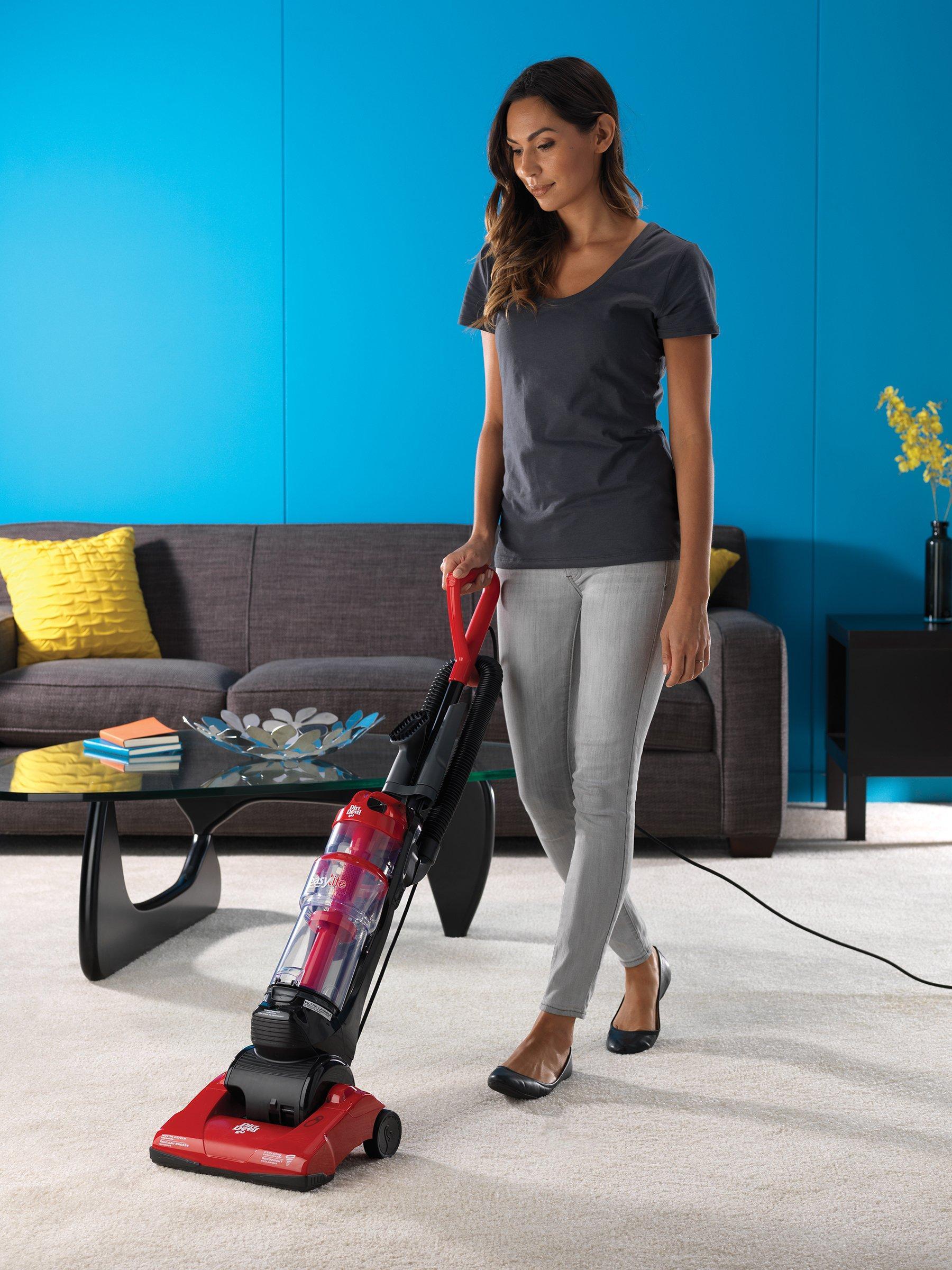 Easy Lite Cyclonic Upright Vacuum3