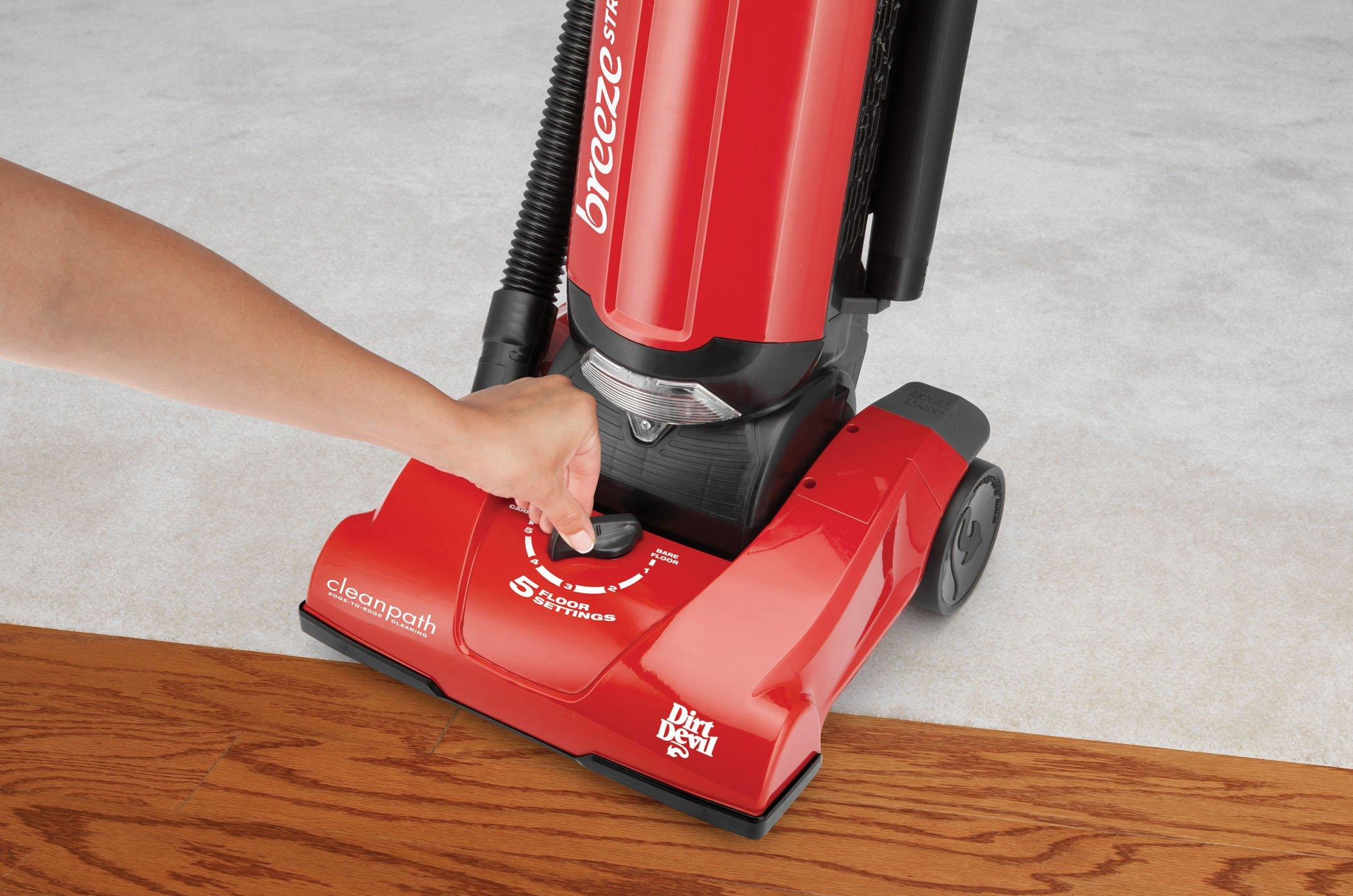 Breeze Stretch Bagged Upright Vacuum4