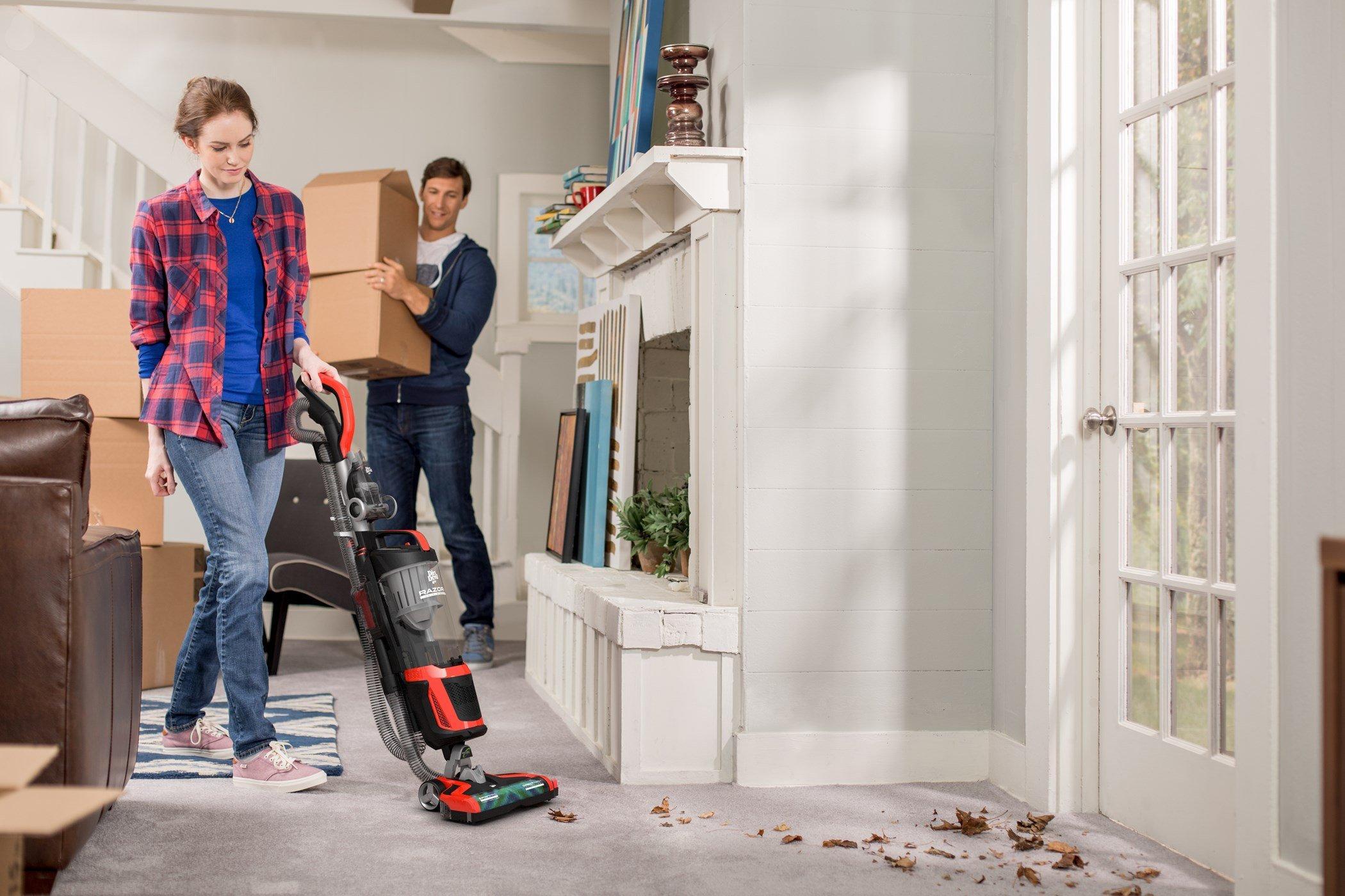 Razor Upright Vacuum4